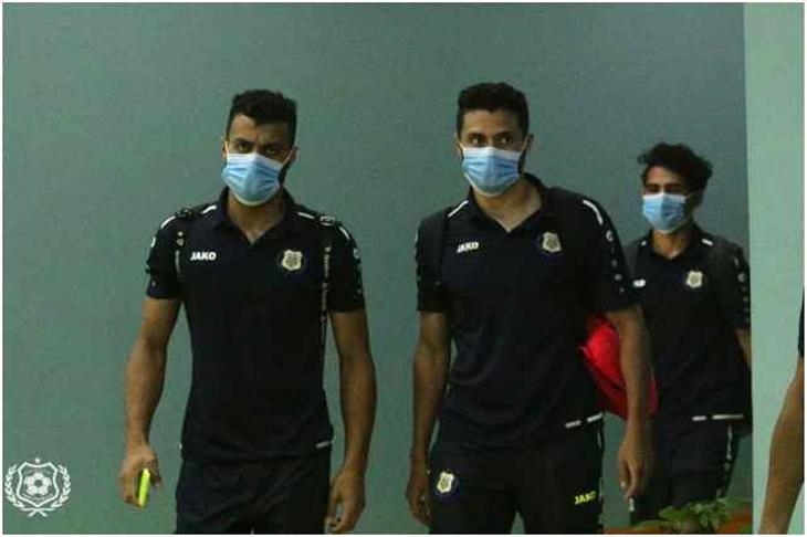 الحكم يُعلن انتهاء مباراة الإسماعيلي والمصري بعد 20 دقيقة